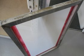 590mm x 750mm 2nd Hand Frame with New White Mesh